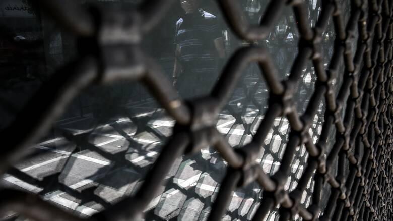 Lockdown - ΚΑΔ: Ολοκληρη η λίστα των επιχειρήσεων που κλείνουν