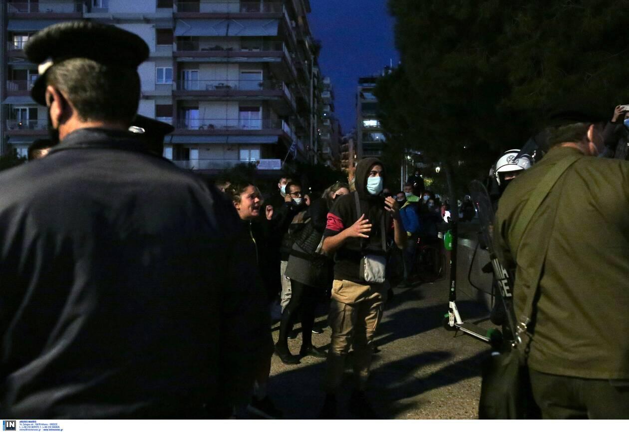 https://cdn.cnngreece.gr/media/news/2020/11/07/241683/photos/snapshot/thessaloniki-epeisodia-covid-1.jpg