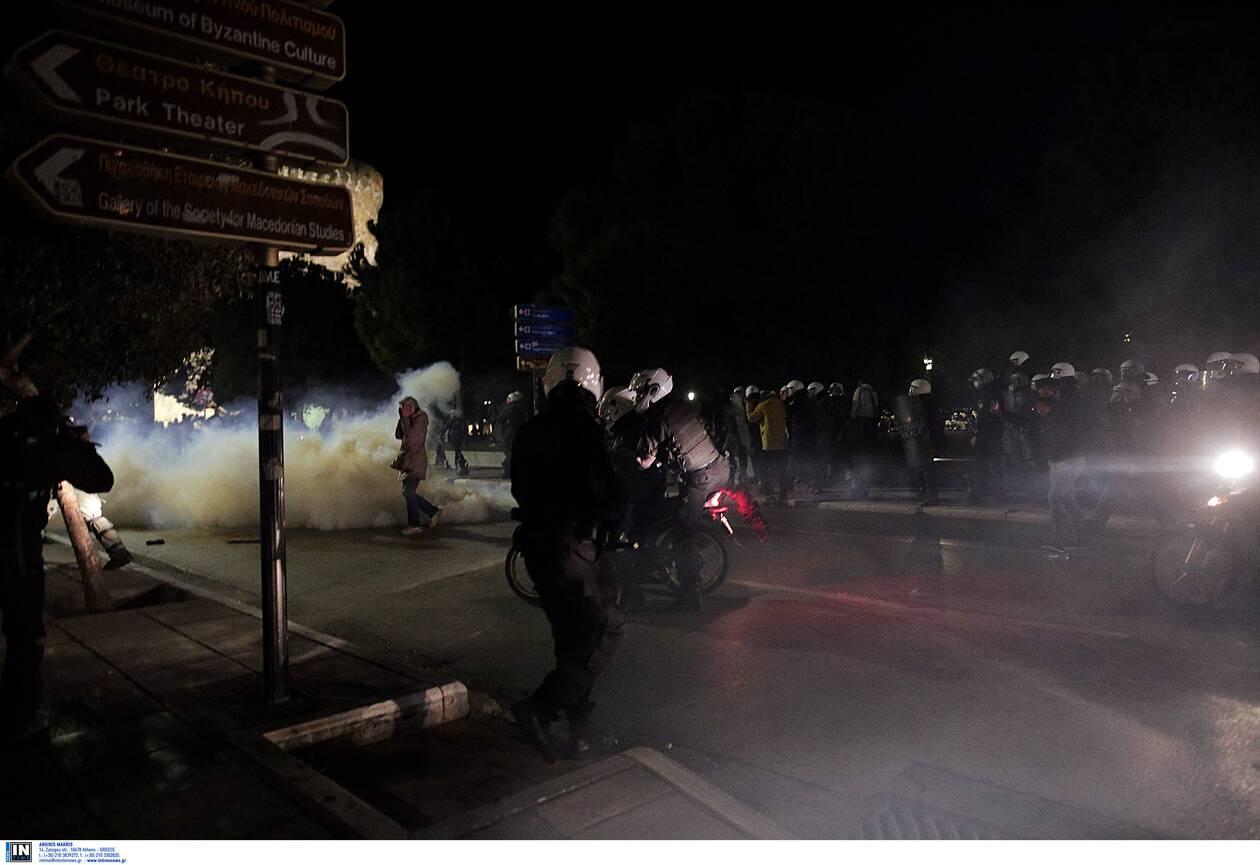 https://cdn.cnngreece.gr/media/news/2020/11/07/241683/photos/snapshot/thessaloniki-epeisodia-covid-3.jpg