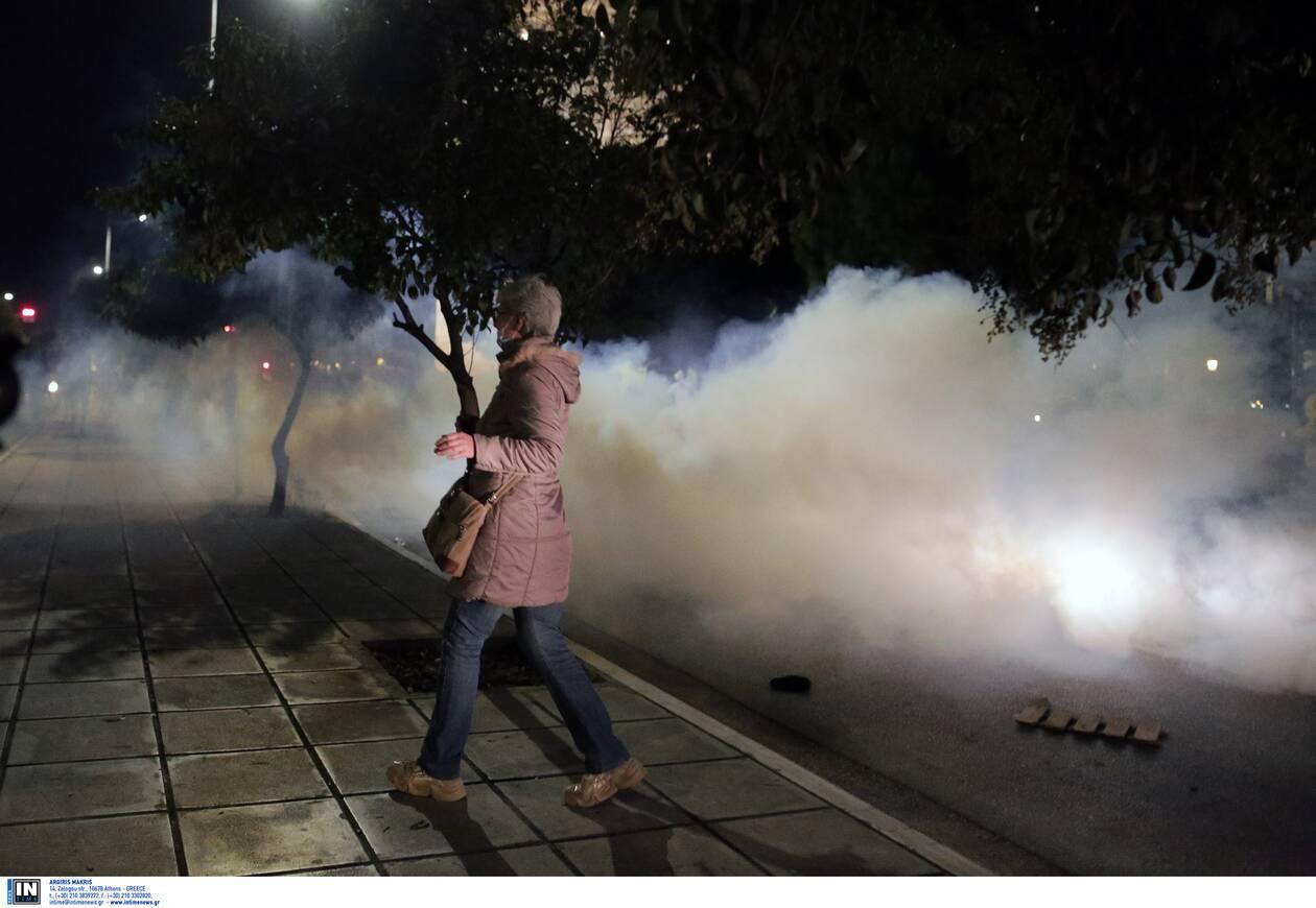 https://cdn.cnngreece.gr/media/news/2020/11/07/241683/photos/snapshot/thessaloniki-epeisodia-covid-4.jpg