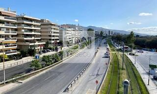 Lockdown: Η πρώτη μέρα στην Αθήνα μέσα από 10 φωτογραφίες