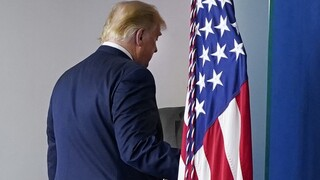 Ο Τραμπ θα προσβάλει το αποτέλεσμα: «Οι εκλογές δεν έχουν τελειώσει»
