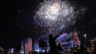 Εκλογές ΗΠΑ: Μουσική, χορός και συγκίνηση - Εορταστικό το κλίμα μετά τη νίκη Μπάιντεν