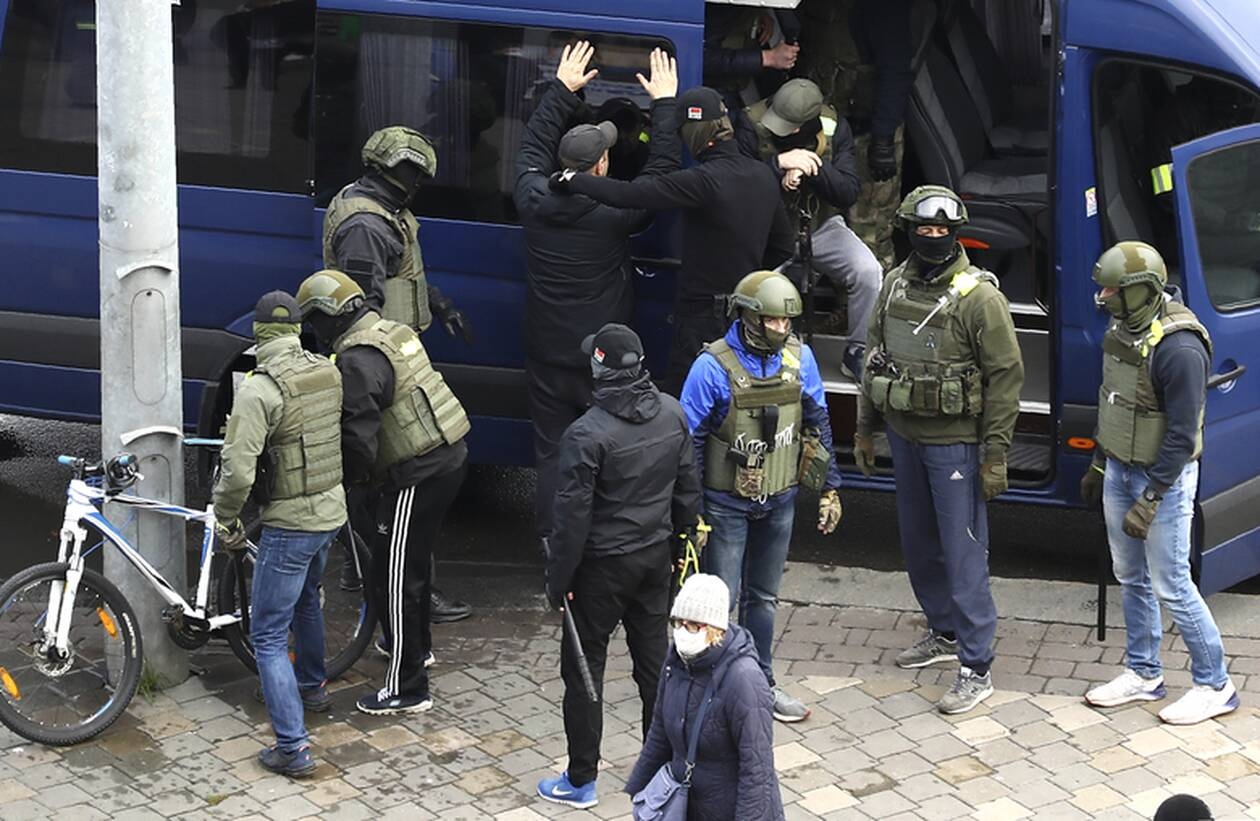 https://cdn.cnngreece.gr/media/news/2020/11/08/241851/photos/snapshot/belarus-2.jpg
