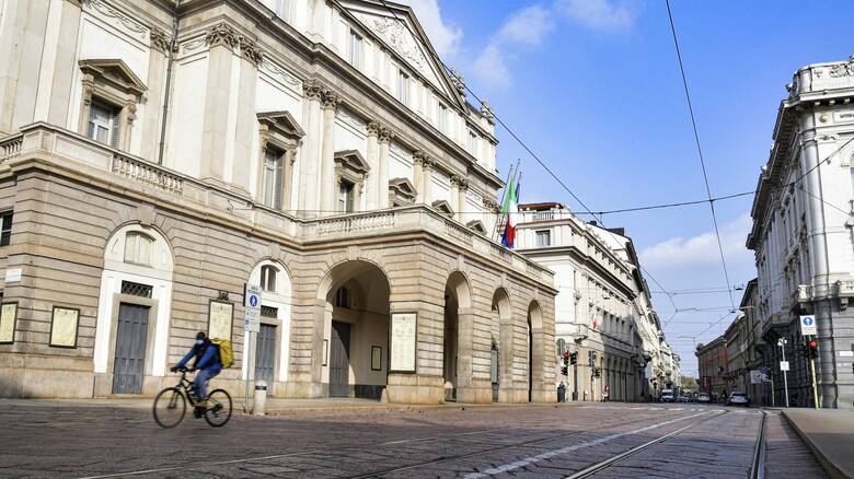 Κορωνοϊός: Ανησυχία στην Ιταλία - Η Νάπολη ζητά θέλει να μπει στην «κόκκινη ζώνη»