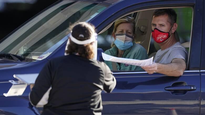 Κορωνοϊός - ΗΠΑ: Η πρώτη χώρα που ξεπερνά τα 10 εκατ. κρούσματα