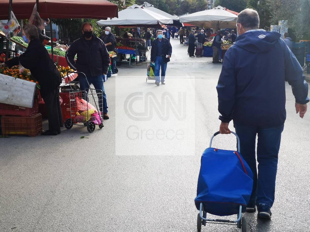 https://cdn.cnngreece.gr/media/news/2020/11/09/241912/photos/snapshot/laiki-agora-nea-erythraia-4.jpg