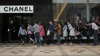 Κίνα: Οι πλούσιοι κάτοικοι προσλαμβάνουν ειδικούς για να μην χάνουν... τα Chanel τους