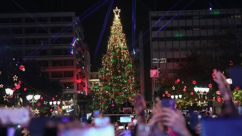 Πόσο θα κοστίσει φέτος ο Χριστουγεννιάτικος στολισμός στο Δήμο Αθηναίων
