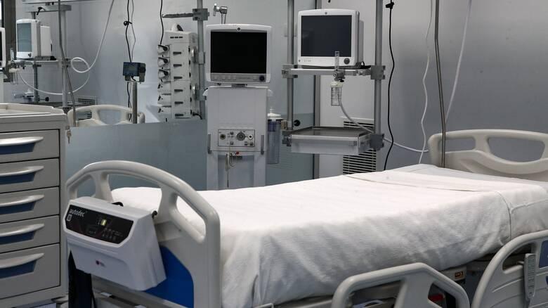 Κορωνοϊός: Συγκινεί φωτογραφία από ΜΕΘ του «Σωτηρία»