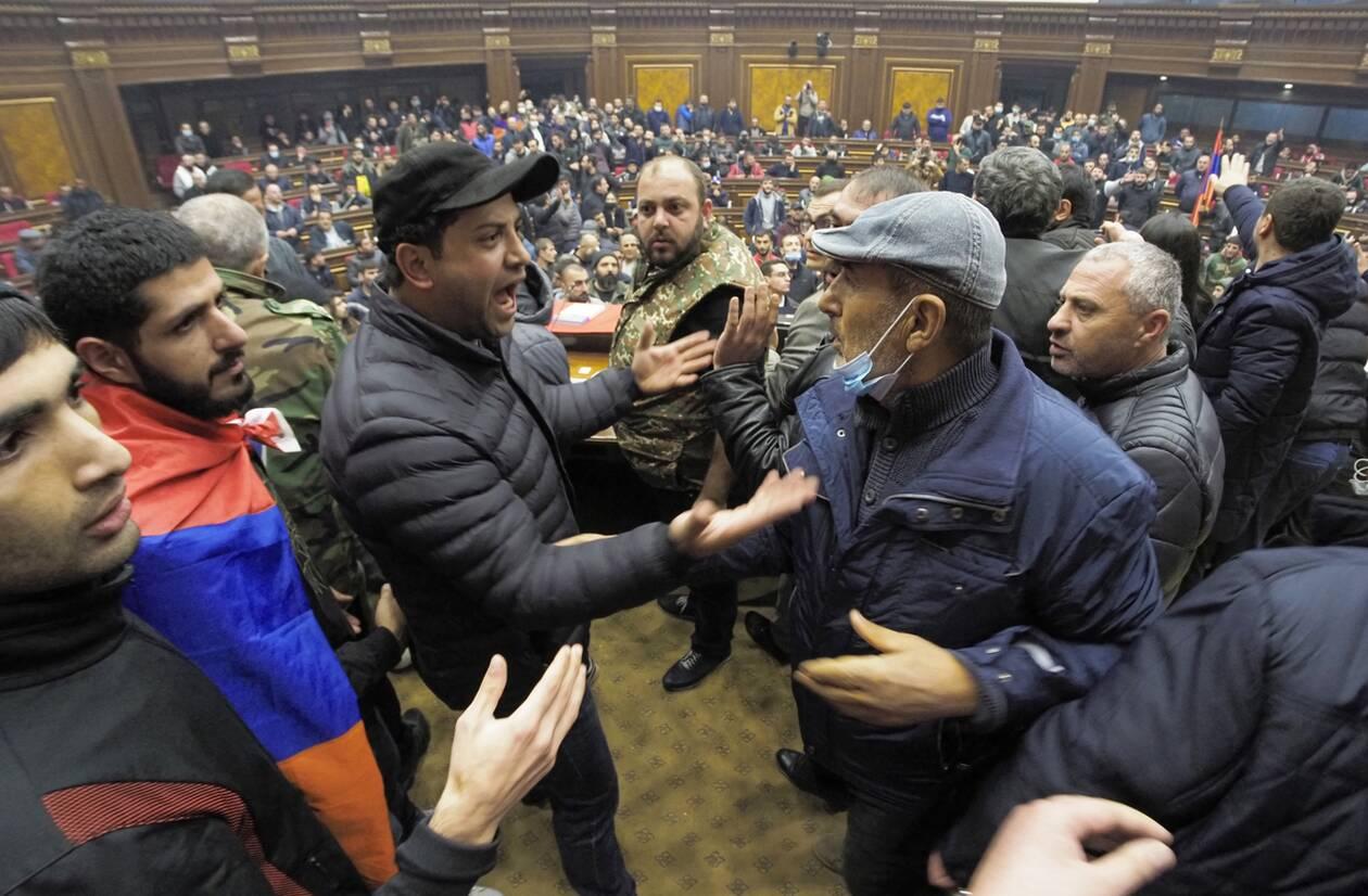 https://cdn.cnngreece.gr/media/news/2020/11/10/242066/photos/snapshot/nagorno-5.jpg