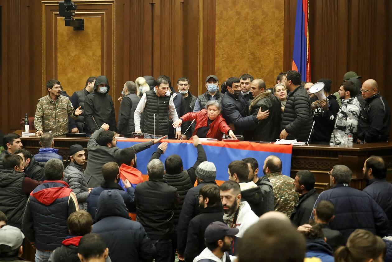 https://cdn.cnngreece.gr/media/news/2020/11/10/242066/photos/snapshot/nagorno-9.jpg