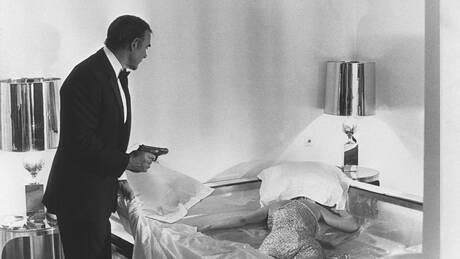 Σον Κόνερι: Το πιστόλι που κρατουσε ως Μποντ στο «Dr. No» βγαίνει σε δημοπρασία