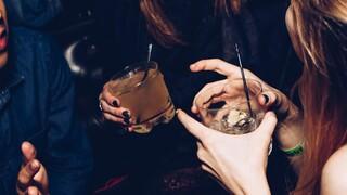 Αγγλία: «Κορωνο-πάρτι» με πάνω από 60 άτομα - Βρέθηκε μεγάλη ποσότητα αλκοόλ και χαρτονομισμάτων