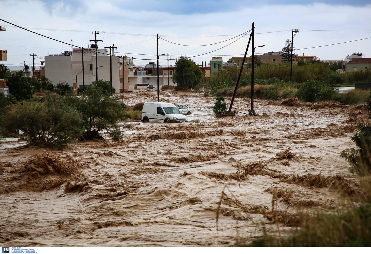 https://cdn.cnngreece.gr/media/news/2020/11/10/242142/photos/snapshot/kakokairia-krhth-katastrofes-4.jpg