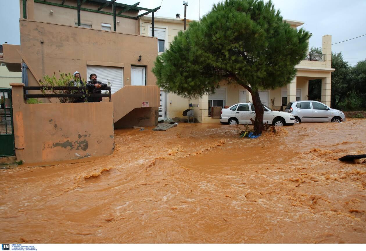https://cdn.cnngreece.gr/media/news/2020/11/10/242142/photos/snapshot/kakokairia-krhth-katastrofes-9.jpg