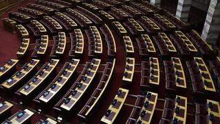 Να δοθούν τα πρακτικά της Επιτροπής Λοιμωξιολόγων στη δημοσιότητα ζητά ο ΣΥΡΙΖΑ