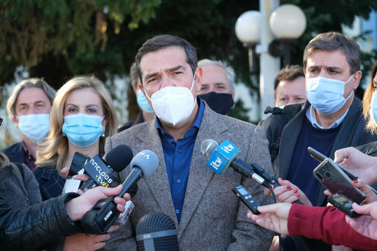 https://cdn.cnngreece.gr/media/news/2020/11/10/242160/photos/snapshot/tsipras-ioannina-3.jpg