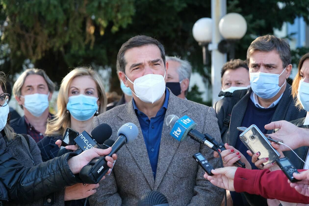 https://cdn.cnngreece.gr/media/news/2020/11/10/242160/photos/snapshot/tsipras-ioannina-4.jpg