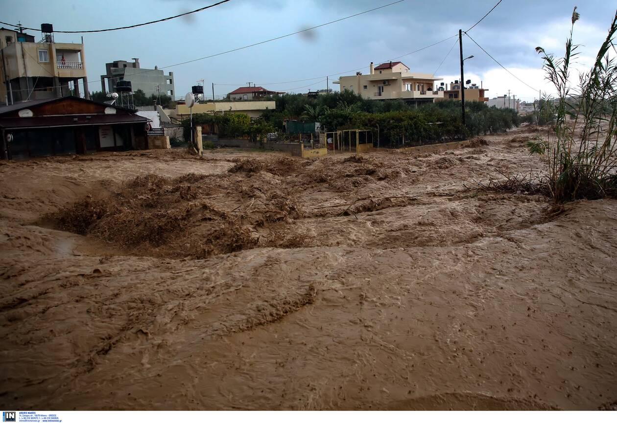 https://cdn.cnngreece.gr/media/news/2020/11/11/242224/photos/snapshot/kakokairia-krhth-katastrofes-3.jpg