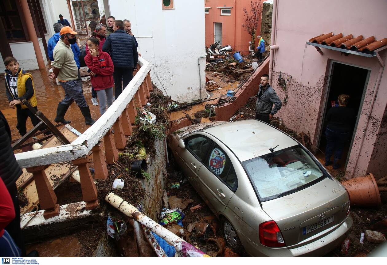 https://cdn.cnngreece.gr/media/news/2020/11/11/242231/photos/snapshot/kakokairia-krhth-katastrofes-14.jpg