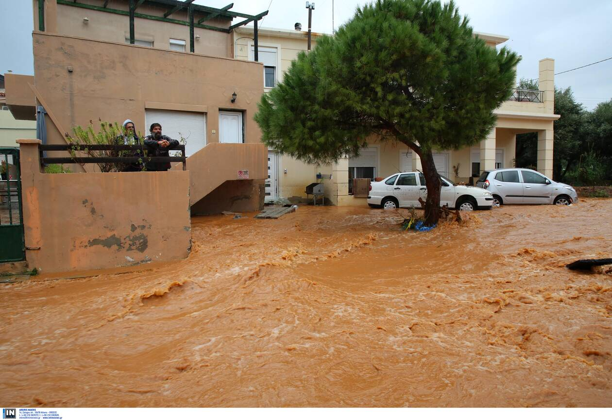 https://cdn.cnngreece.gr/media/news/2020/11/11/242231/photos/snapshot/kakokairia-krhth-katastrofes-9.jpg