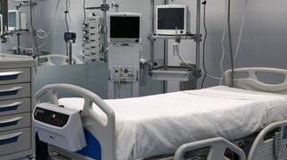 Απαντήσεις για την κατάσταση των νοσοκομείων ζητά το ΚΙΝΑΛ - Κλίνες ΜΕΘ, θαλάμους αρνητικής πίεσης