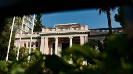 Θεσσαλονίκη: Σύσκεψη λοιμωξιολόγων και στο βάθος νέα μέτρα