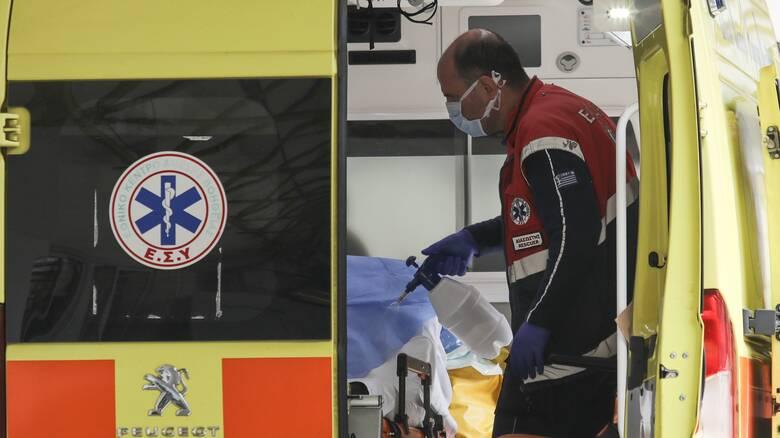 Υπουργείο Υγείας: Δωρέαν η διακομιδή ανασφάλιστων ασθενών σε ιδιωτικά νοσοκομεία