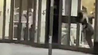 Απίστευτη απόδραση ληστή από κατάστημα στο Λίβερπουλ