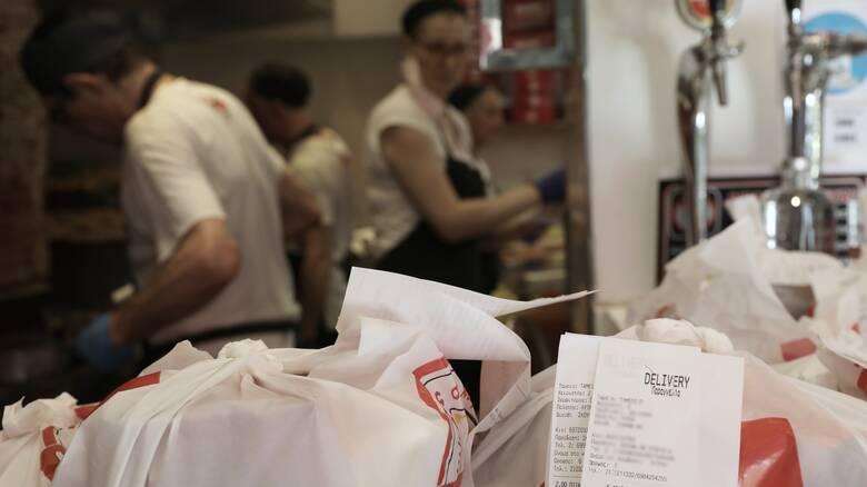 Κορωνοϊός: Τι ισχύει για delivery και take away μετά τις 21:00