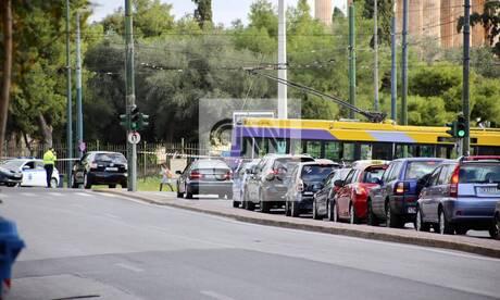 Lockdown: Αυξημένη και σήμερα η κίνηση στο κέντρο της Αθήνας