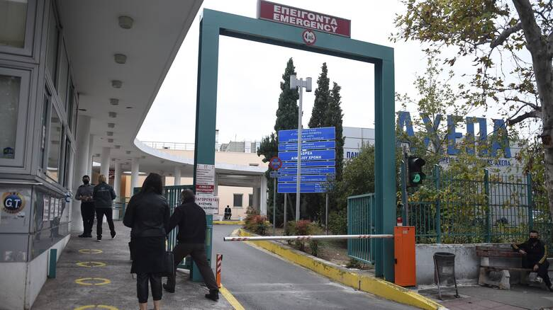 Κορωνοϊός: Κατέληξαν 14 ασθενείς τις τελευταίες ώρες - Στη Θεσσαλονίκη οι περισσότεροι