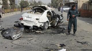 Αφγανιστάν: Βομβιστική επίθεση σε δημοσιογράφο που εργαζόταν σε χρηματοδοτούμενο από τις ΗΠΑ σταθμό