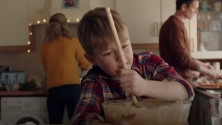 Viral χριστουγεννιάτικη διαφήμιση που δείχνει τις επιπτώσεις των περιοριστικών μέτρων