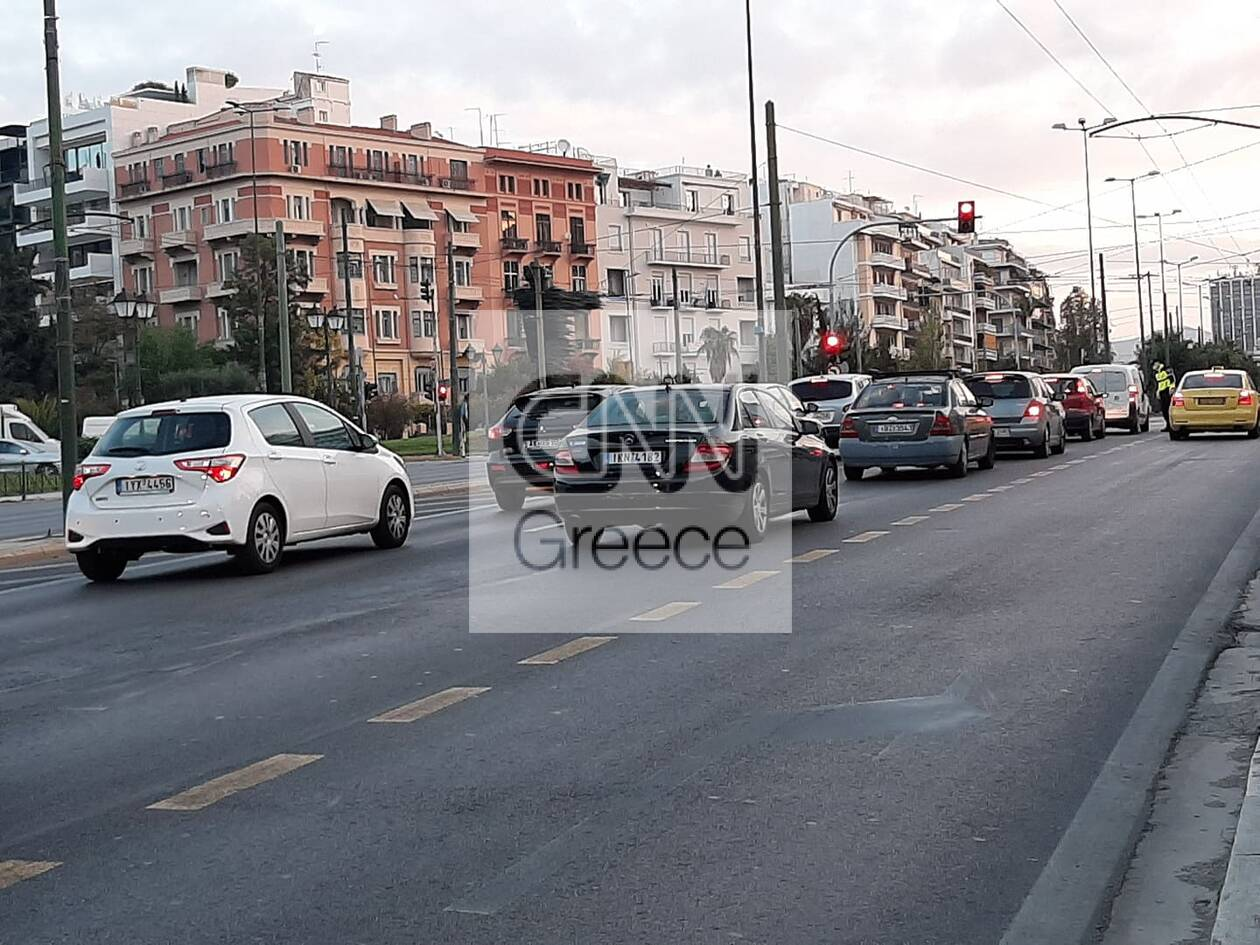 https://cdn.cnngreece.gr/media/news/2020/11/13/242550/photos/snapshot/kinisi-kai-elegxoi-simera-athina-2.jpg