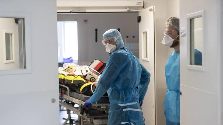 Κορωνοϊός: Κλινική δοκιμή δείχνει ότι η εισπνεόμενη ιντερφερόνη μειώνει τον κίνδυνο θανάτου