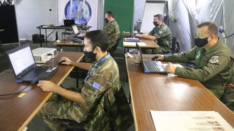 Κ. Πιερρακάκης: Στρατιωτική θητεία με πιστοποιητικό ψηφιακών δεξιοτήτων