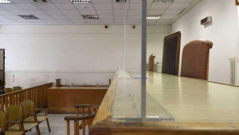 Κορωνοϊός: Δικαστικοί ζητούν να μην λειτουργήσουν τα δικαστήρια σε Θεσσαλονίκη και Λάρισα