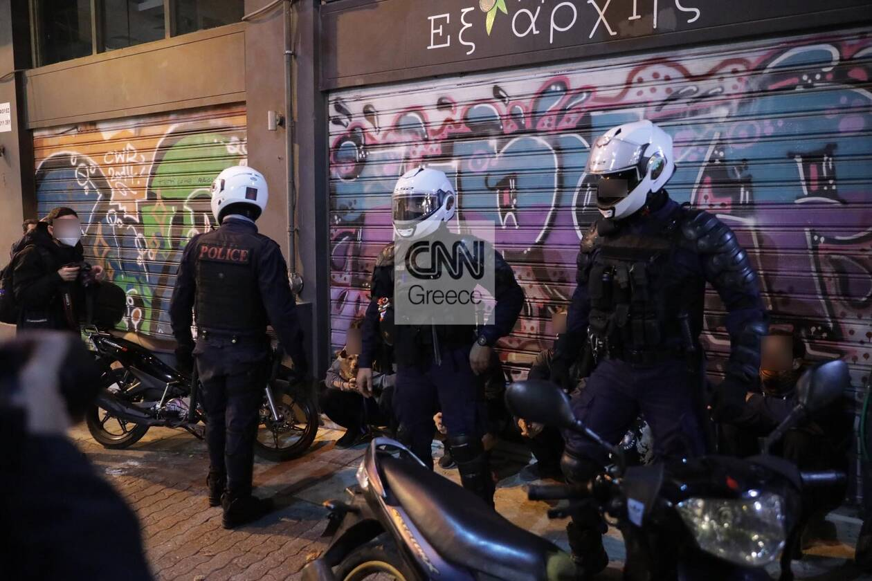 https://cdn.cnngreece.gr/media/news/2020/11/14/242739/photos/snapshot/exarheia-111-125284523_1016661268814413_3241761326354200153_n.jpg