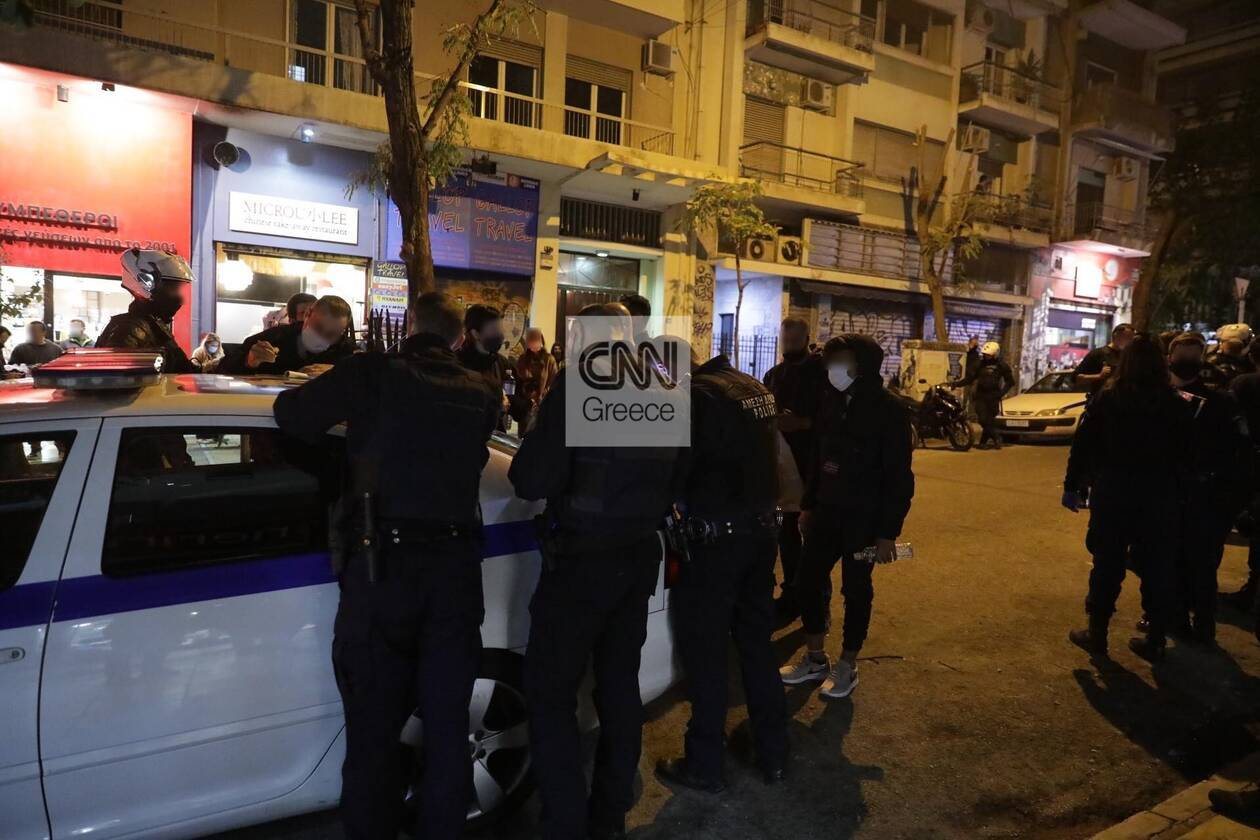 https://cdn.cnngreece.gr/media/news/2020/11/14/242739/photos/snapshot/exarheia-125265938_284828836192758_1121130613535218879_n.jpg