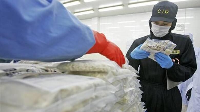 Κορωνοϊός: Ανησυχία στην Κίνα μετά τον εντοπισμό νέας παρτίδας μολυσμένου κατεψυγμένου φαγητού