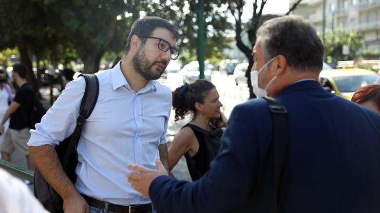 Ηλιόπουλος: Να παραιτηθεί ο διοικητής του Σωτηρία για το ψέμα με τις 50 ΜΕΘ