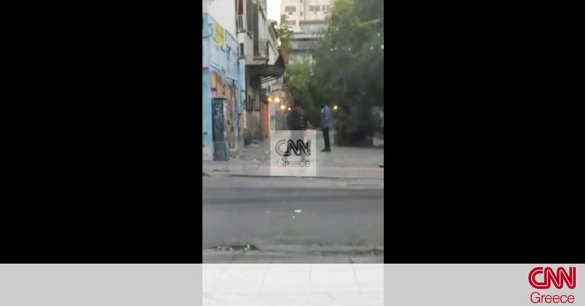 Αποκλειστικό CNN Greece: Βίντεο – ντοκουμέντο από τη σπείρα ναρκωτικών στο κέντρο της Αθήνας