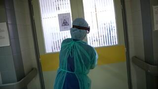 Κορωνοϊός: Κρίσιμη εβδομάδα για το σύστημα υγείας – Θλίψη για τους 1.106 νεκρούς