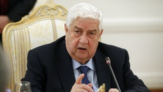 Πέθανε ο βετεράνος υπουργός Εξωτερικών της Συρίας Ουάλιντ αλ Μουάλεμ