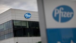 Βρετανός υπ. Υγείας: Αν κριθεί αποτελεσματικό το εμβόλιο της Pfizer θα διατεθεί πριν τα Χριστούγεννα