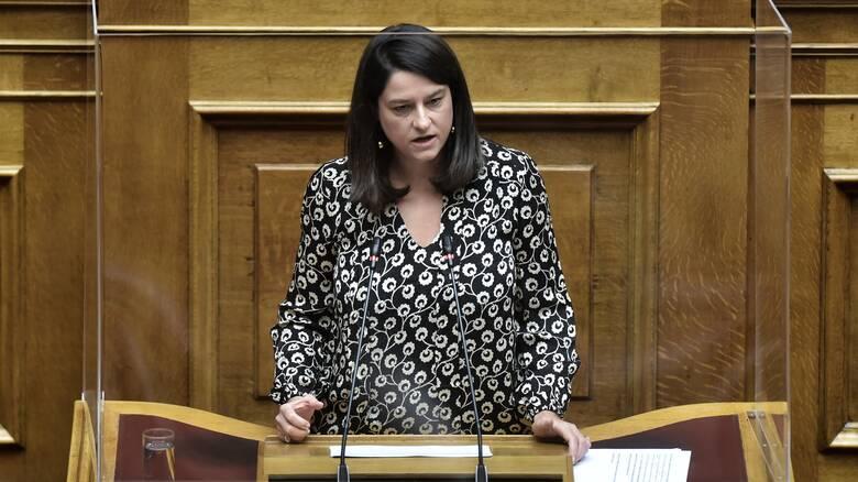 Βουλή: Κόντρα Κεραμέως - Δελή για την πορεία του Πολυτεχνείου