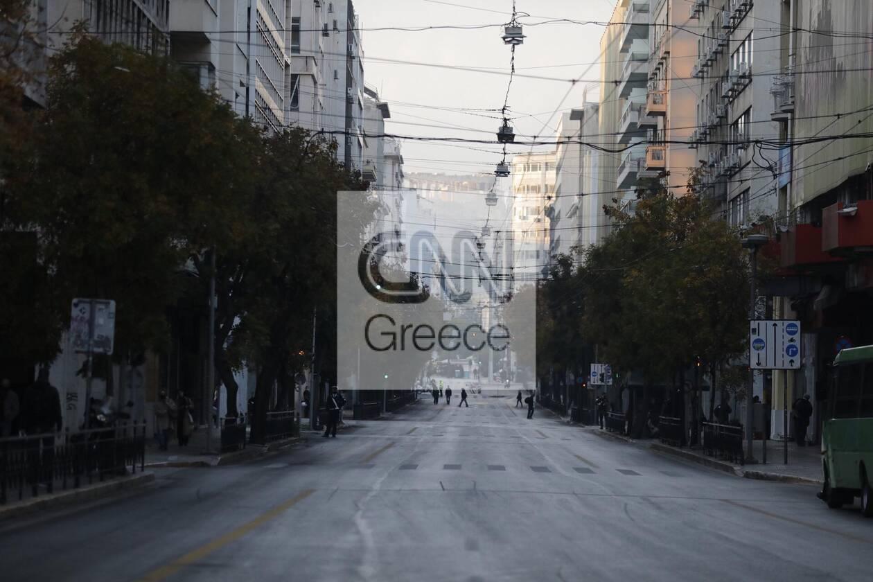 https://cdn.cnngreece.gr/media/news/2020/11/17/243062/photos/snapshot/astynomia-epeiteios-polytexneiou-1.jpg