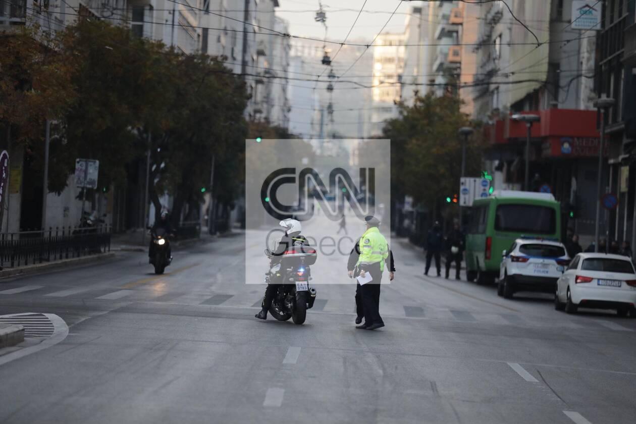 https://cdn.cnngreece.gr/media/news/2020/11/17/243062/photos/snapshot/astynomia-epeiteios-polytexneiou-2.jpg